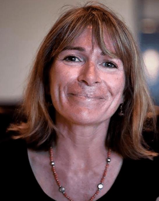 Dr. Catherine Dubé