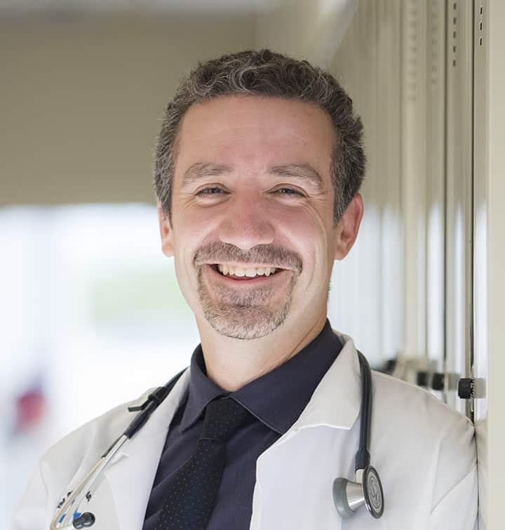 Dr. Gonzalo Alvarez